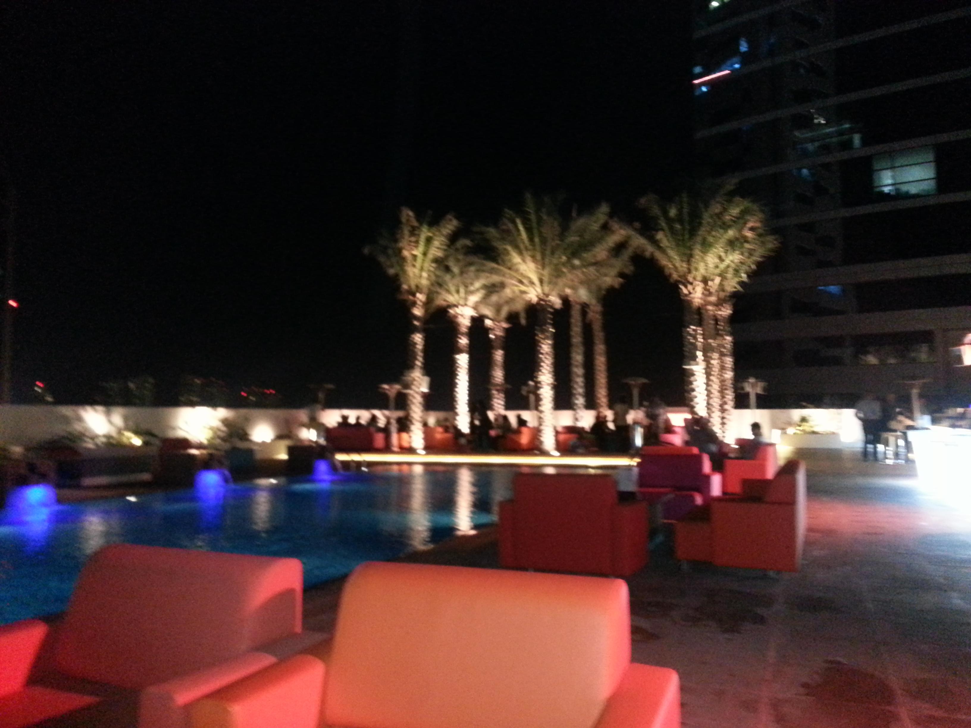 Dek on 8 @ Media One Hotel