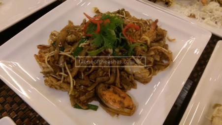 Kuew Teow Goreng with seafood :)