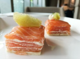 Smoked salmon slices with sourcream - one of my favourites!